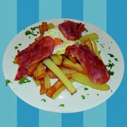 web-_0023_patatas fritas con huevos y jamon